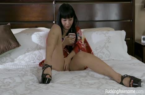 Marika Hase суперски делает минет и прыгает на члене