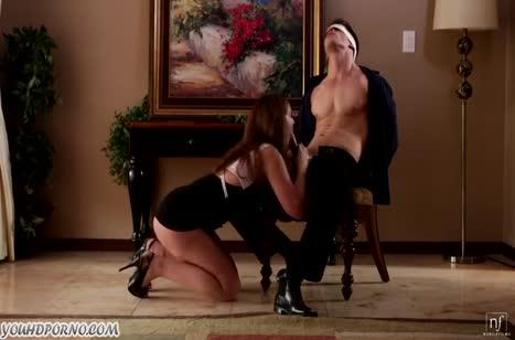 Семейная пара устроила романтическое БДСМ порно