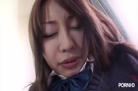 Азиаточка Yuri Aine сделала домашний минет