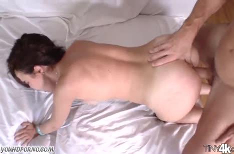Dillion Harper стонет и извивается от нереального секса
