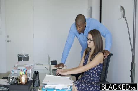 Allie Haze офигела от анальной порнушки с черным
